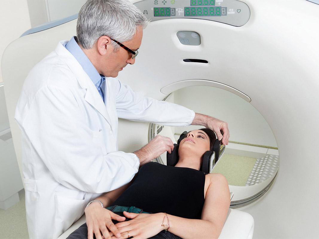 A Clínica - Dr. Althoff - Diagnóstico por Imagem.